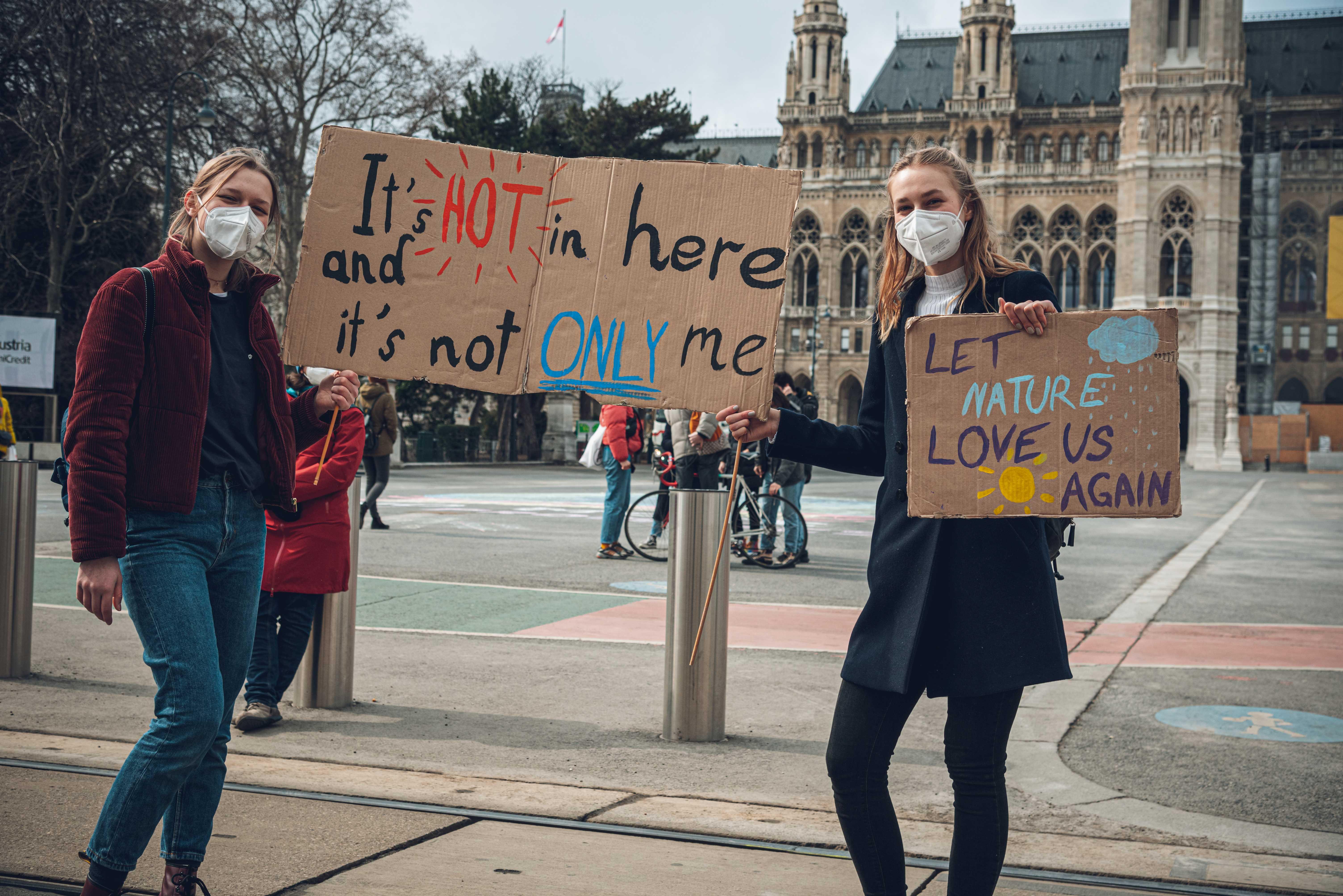 Coronagerechtes Streiken - die Klimakrise macht keine Pause (Foto: Fridays For Future Wien/Julian Kragler)