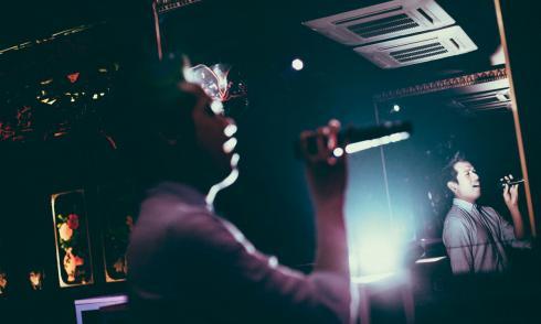 Filos, Wien, Karaoke