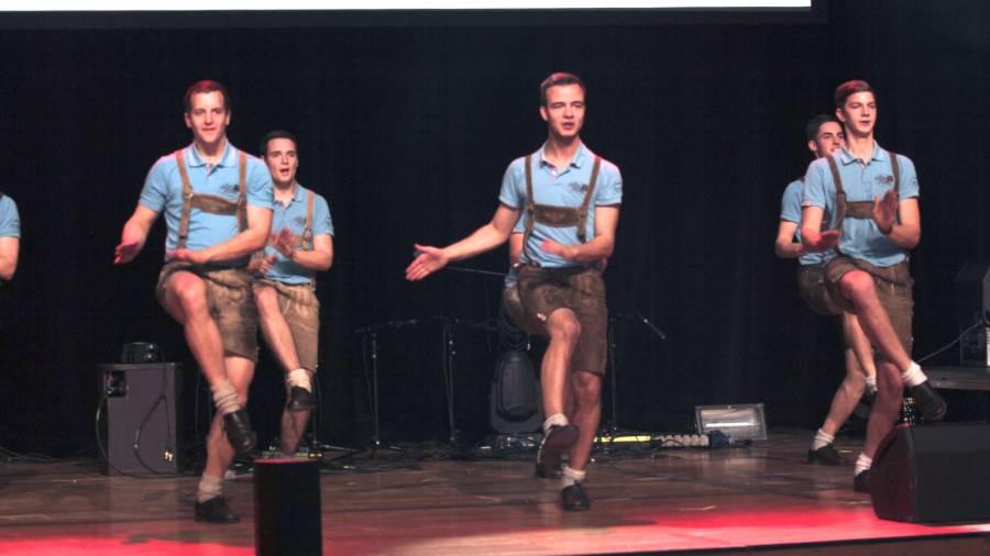 Heimat bist du cooler Töne: Muslimische Jugend rockt in Austria Center