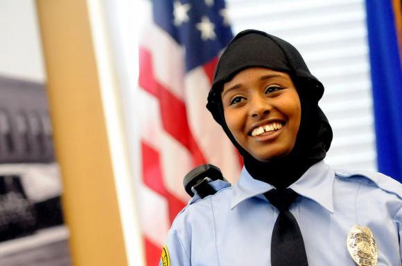 Hijap, Polizei, USA, Somali